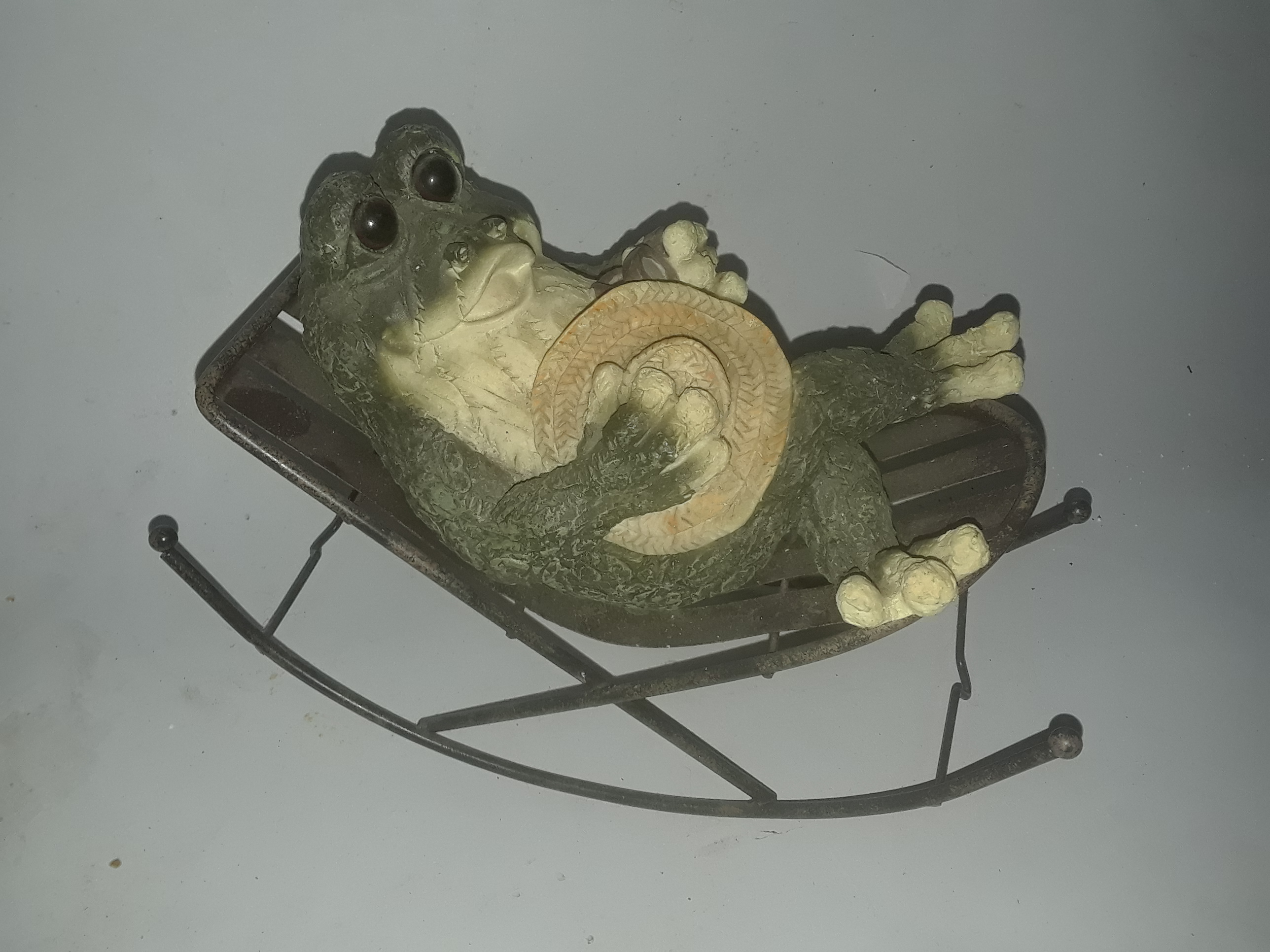 Frog in Rocking Chair Decor