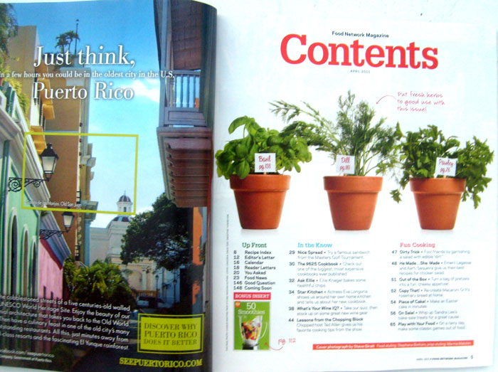 Food Network Magazine APRIL 2011 Vol. 4 No. 3 -Cook Like a Star, +Free Smoothie Recipe Booklet
