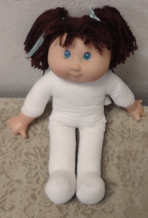 Cabbage Patch Doll 15-inch Girl Caucasian Brunette