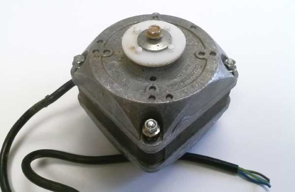 EBM Fan Motor 233379001 115V 50Hz 0.4A 7W 1300RPM