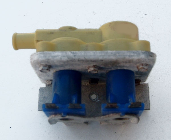 Speed Queen Water Valve 33930 (mixing valve) -Yellow