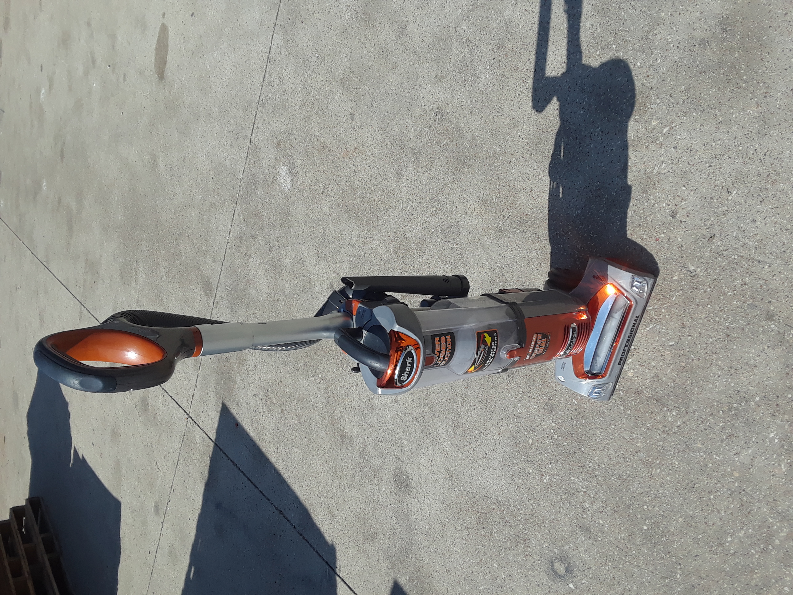 Shark Professional Vacuum NV480